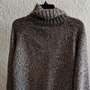 MOVING SALE Lee Chunky Cable-knit Sweater